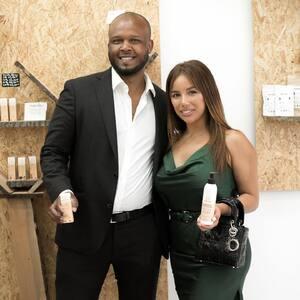 @sarah_martins_official et @brice_masseix en mode #cosmetiquesnaturels #Nerobi chez #PurpleStore  #instapicture #instapic